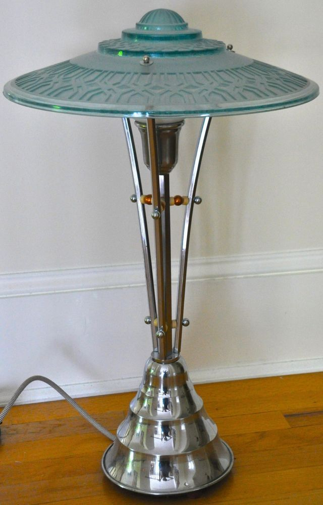 1930s Art Deco Machine Age Table Lamp Stunning Design Art Deco Verlichting Art Deco Lampen Antieke Lampen