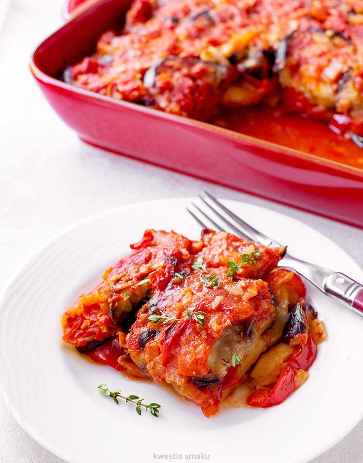 Zapiekanka z ziemniaków, papryki, bakłażana i pomidorów