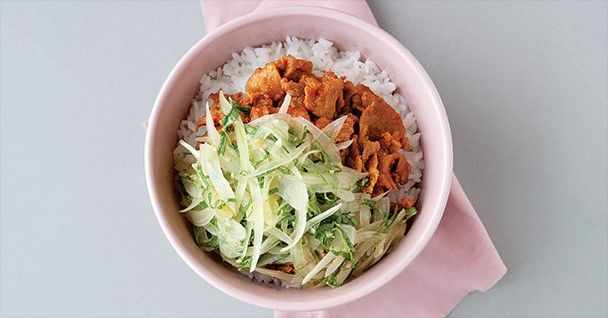 양파 돼지고기덮밥 : 매거진캐스트