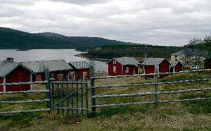 https://learn.uvm.edu/wordpress_3_4b/wp-content/uploads/Finland-Church-village-near-Utsjoki.jpg