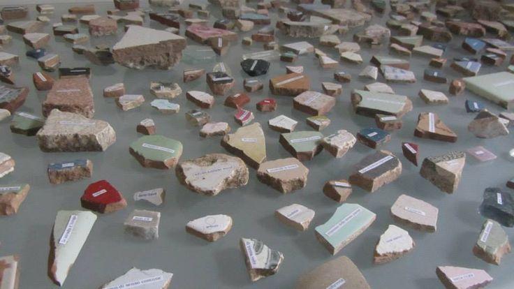 1222, PROGETTO PER UN ATLANTE SARA DAVIDOVICS scrittura collage su ceramica, vetro, asfalto, marmo, cemento, dimensioni variabili, 2014   1222 è una geografia emotiva. Ogni frammento equivale ad un reperto mnemonico, crea il legame tra l'esperienza e il suo ricordo.