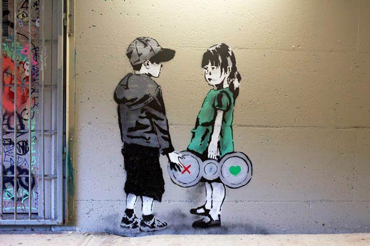 Street artista iHeart geniálne kritizuje internet a sociálne médiá – Doba Mag.