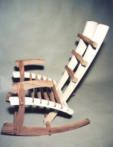 Like the chair, the finish and sanding could use soe work, but a cool idea all the same.