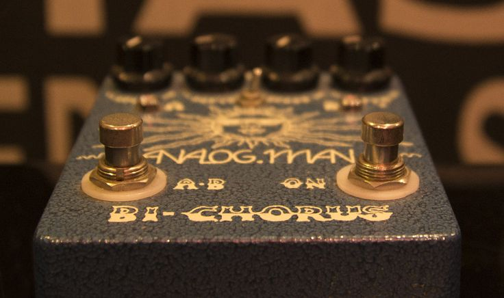 analog man chorus http://enmoreaudio.com/guitar-effects-101-categorising-stompboxes/