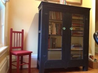 One of my customers did this small cupboard/bookcase in graphite Annie Sloan chalk paint and the little chair is emperors silk Annie Sloan chalk paint