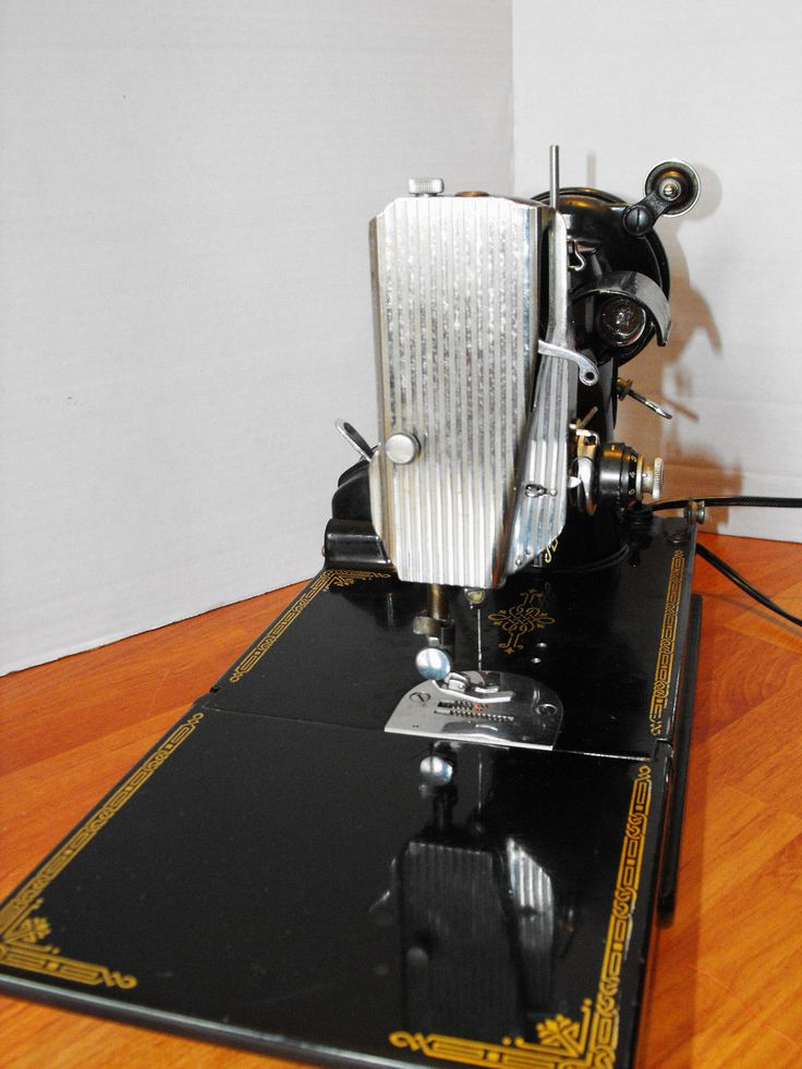 127 best images about Singer FEATHERWEIGHT : sewing ...