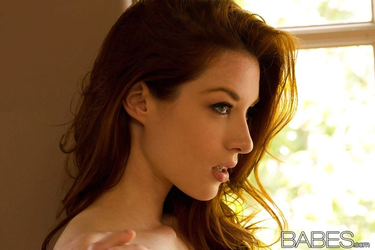 Jessica Stoyadinovich Nude Photos 34