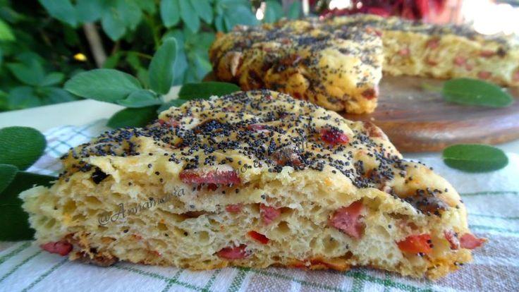 Focaccia peperoni e wurstel - Ricette Blogger Riunite