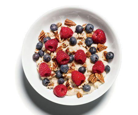 Flat-Belly Breakfast http://www.womenshealthmag.com/food/flat-belly-recipes/flat-belly-indulgence