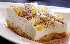 Tiramisu nodigt uit tot variëren. Wat dacht je van deze frisse tiramisu van bitterkoekjes met citroen. Met lekkere Limoncello er door en fris citroensap.