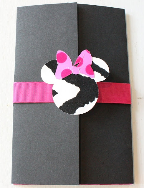 The outside the the minnie mouse invite!: Kids Parties, Birthday Parties, Mouse Invitations, Minnie Mouse, Minnie Parties, Parties Ideas, Parties Invitations, Mouse Parties, Birthday Ideas