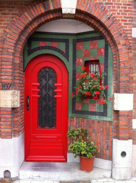 Red door   ..rh