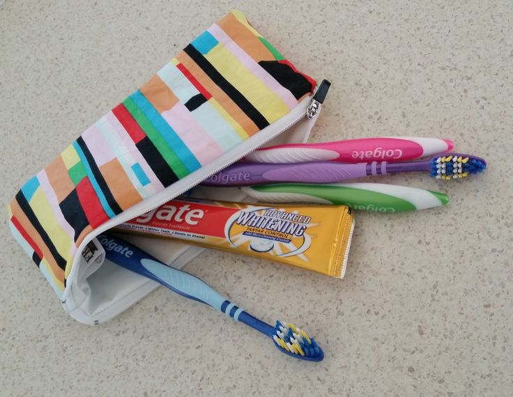 Wet bag is fully lined with water resistant plastic on the inside and  fun fabrics on the outside.They feature a 20cm nylon zipper.These can fit a full sized toothpate and 4 tooth brushes, can be used for many other purposes like a menstrual bag or hospital wet bag.$8.50 flate rate shipping Australia wideSize-Width: 21cmHeight: 12cm*All Products are Handmade and Designed by myself, they may slightly vary in size and pattern, making each product truely unique. Measurements listed are always…