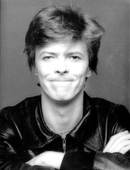 David Bowie's Heroes cover shoot: outtakes