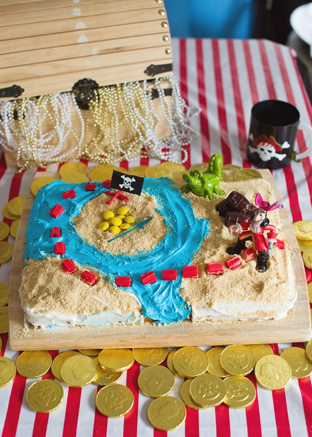 An easy DIY pirate treasure map cake for your pirate (or pirate fairy!) birthday party.