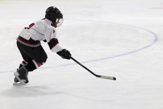 Off Ice Exercises for Explosive Hockey Skating