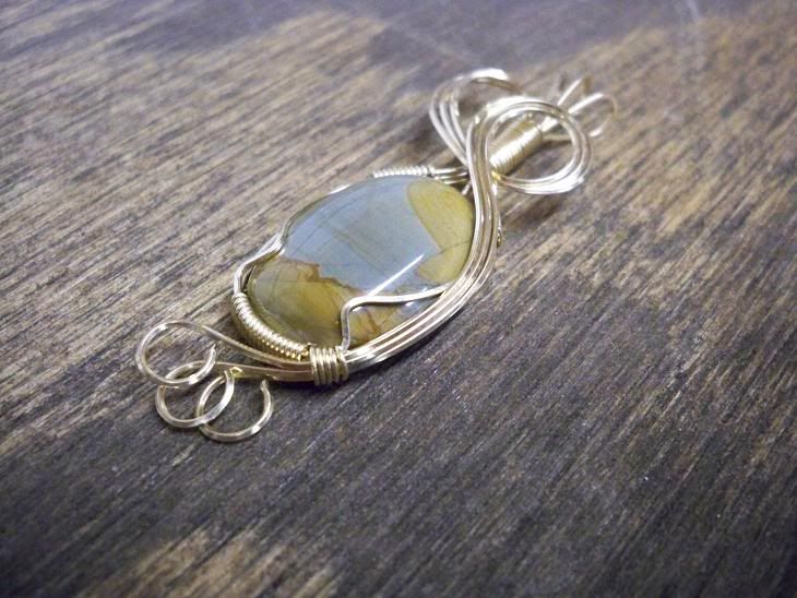 526 best rock on images on pinterest wire wrapped pendant copper rh pinterest com wire rock jewelry Metal Wire Jewelry