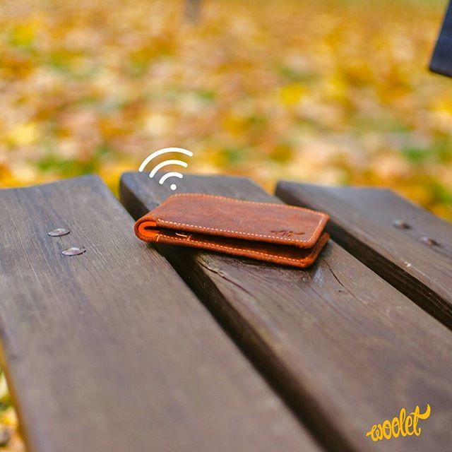 Miniature sensors synchronize with your smartphone to protect your valuables. Every time the Woolet is left behind, it notifies your phone.  Get your Woolet by clicking the link in my bio (profile) @wooletco 💛 DoubleTap, Comment & Tag your friend who needs one!  #wallet #smartwallet #leather #smartwear #wearables #leathergoods #blackwallet #brownwallet #wallettracker #fashionaccessories #accessories #keytracker #keyfinder #iphonecover #iphone #apple #iphoneaccessories #wirelesscharger…