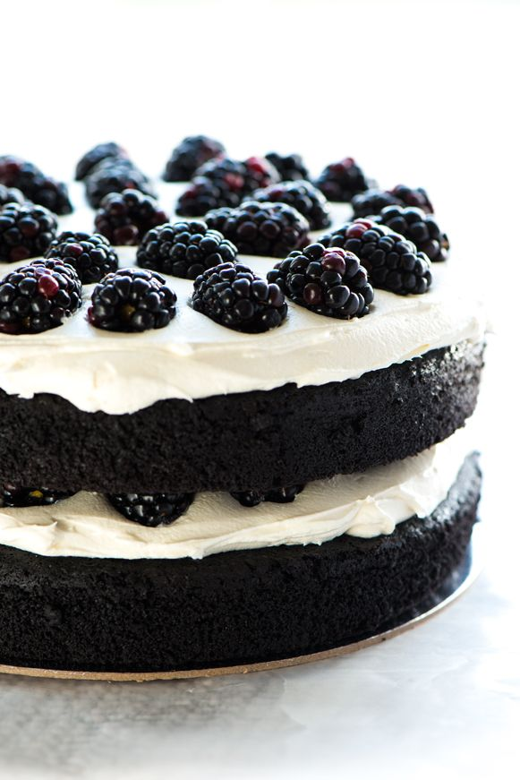 17 Best ideas about Black Frosting on Pinterest | Cakes ...