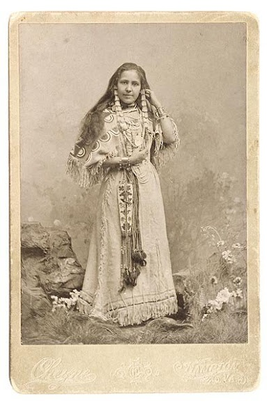 Spahana Nadaka (aka Wild Rose Woman, aka Anna Dawson) - Arikara - 1887