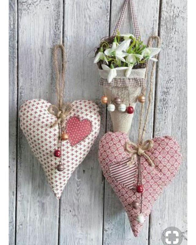 Pin de Millie Mojica em Valentines February b-day | Artesanato de coração,  Artesanato em tecido, Trabalhos manuais
