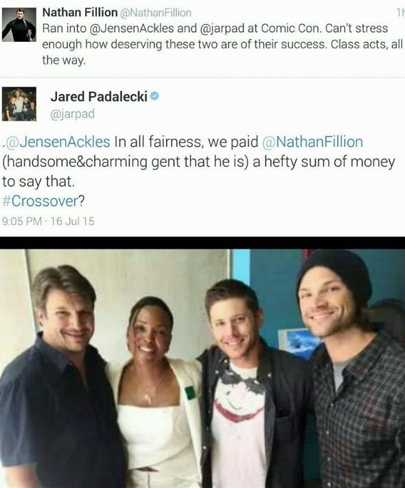 Jared and Jensen ran into Nathan Fillion at ComiCon. <<< SO MUCH AWESOME!!!!