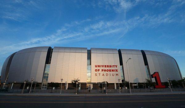 University of Phoenix Stadium (Cardenales de Arizona).