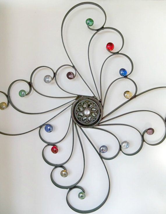 Embelished Wrought Iron Wall DecorSwirls of por CoalCreekCrossing. Ideas para decorar paredes. ¿Si se modela con alambre y en las terminaciones se aplica esmalte de diferentes colores?...