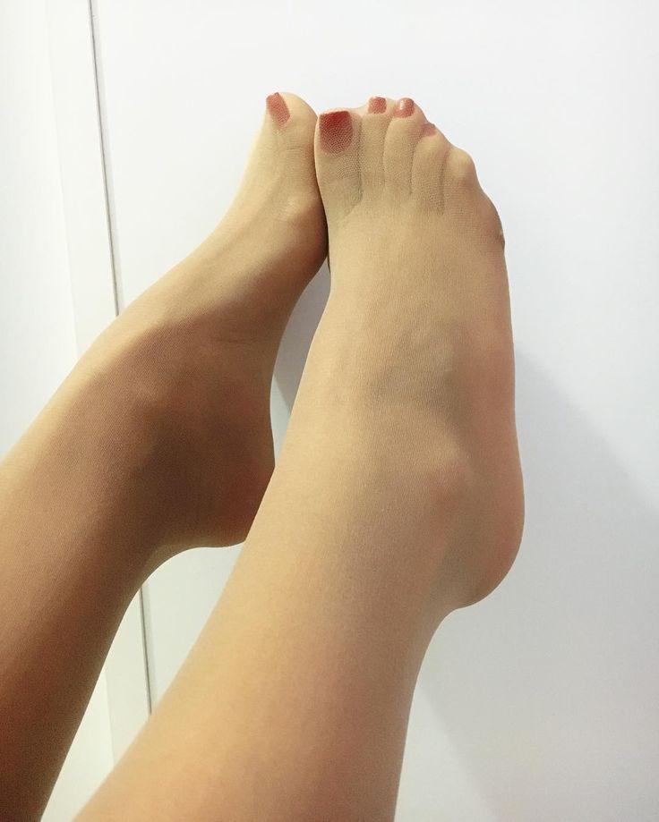 Legs Fetish Board 2