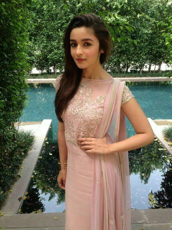 Alia always looking gorgeous in Indian look