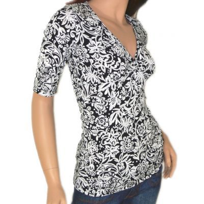 Women's Clothing :: Tops :: Floral print top - $28