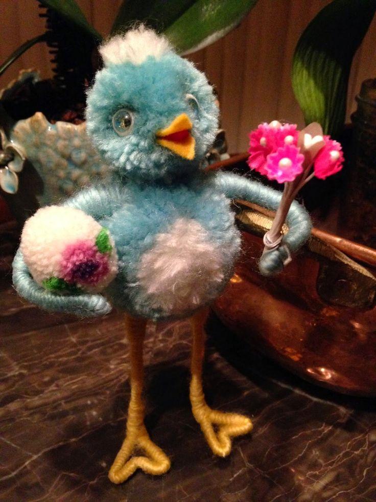 Happy Bluebird Pom Pom Critter FREE TUTORIAL from Deanne Crim at http://www.sugarplumvillage.blogspot.com