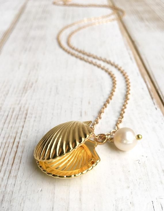 Gift for Girls Dainty Necklace Summer Necklace Sea Shell Necklace Summer Pendant Sea Shell Pendant Small Pendant Tropical Necklace