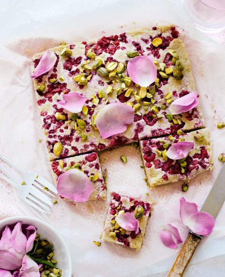 "Raspberry and Pistachio ""Cheesecake"" Squares"
