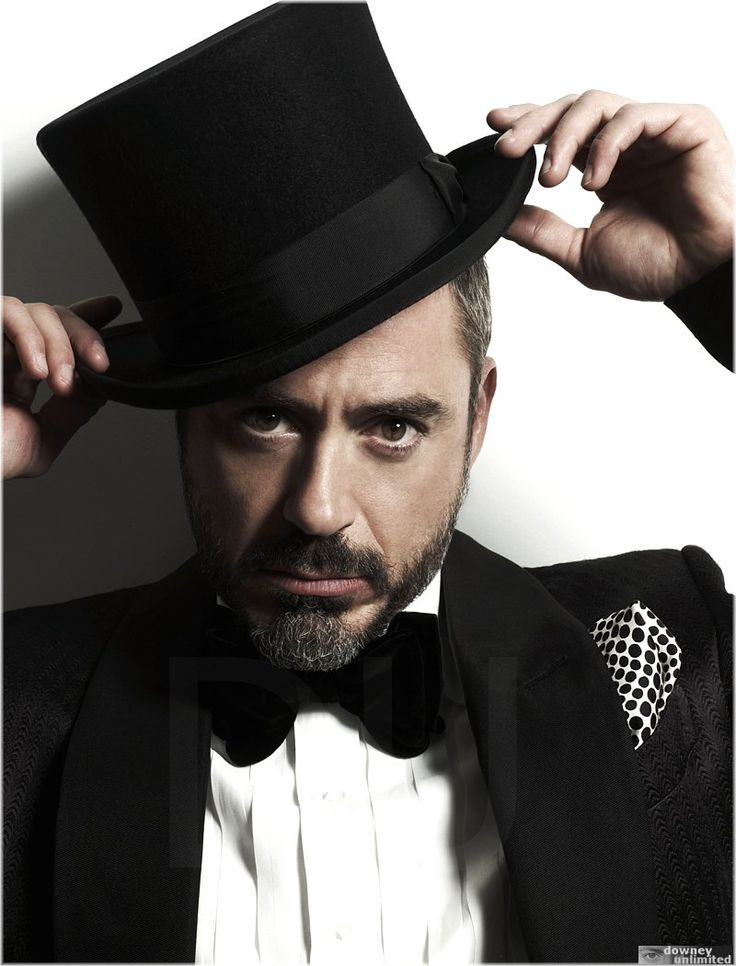 Robert downey jr.............mmmmmm