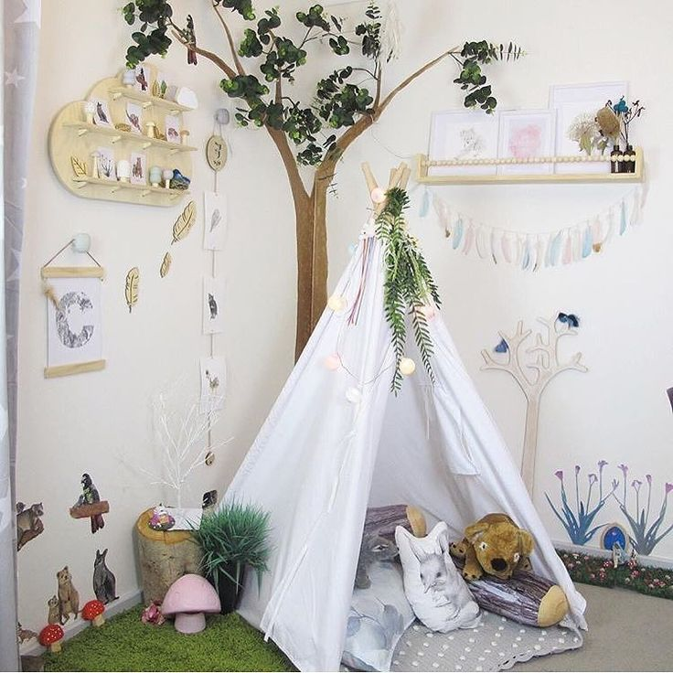 Magical Australian Woodland  . How beautiful is Charlotte's room? I am in love! The best part is that it is full of handmade goods from small Aussie businesses. I want this to be my bedroom I could curl up in that teepee for a snooze right now  . : @snowcherrymedia . . . . . . . . . . #illustratedletter #myhanddrawnheart #gumdots #snowcherrymedia #aussiebush #australianmade #australianhandmade #australianflora #australianfauna #australiansmallbusiness #perthartist #perthhandmade…