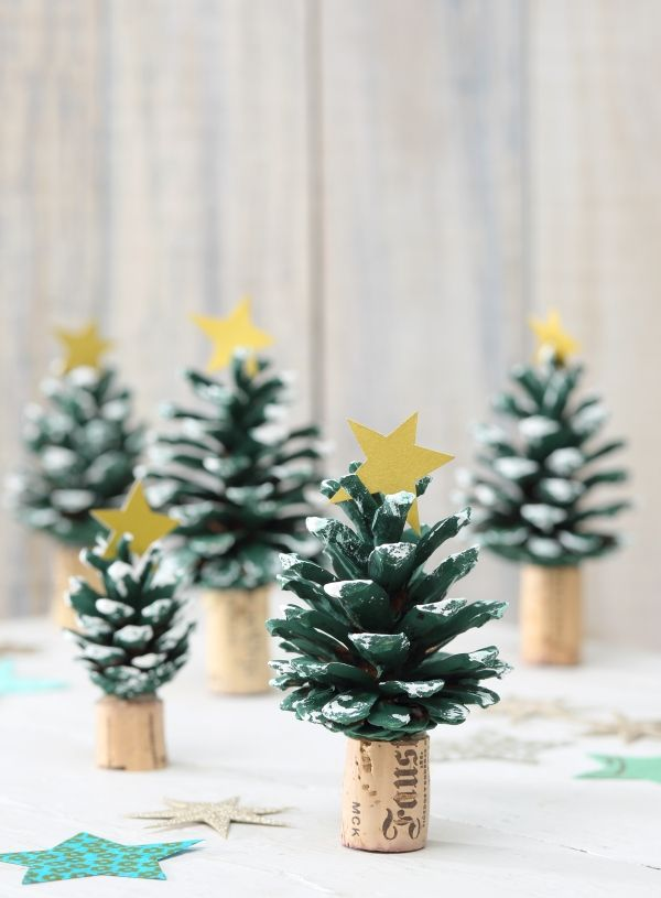 die besten 25 kiefernzapfen ideen auf pinterest deko weihnachten tannenzapfen weihnachten. Black Bedroom Furniture Sets. Home Design Ideas