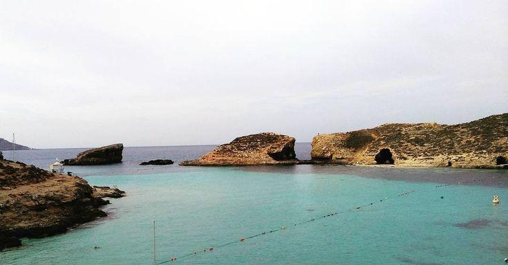 Swimming in the Blue Lagoon early in the morning before the tourists arrive. Worth a bad nights sleep in a tent ;-) #lovetravel #travellovers #destination #seetheworld #travelphoto #travellife #malta_VGB #exploringmalta #permanenttourist #mediterranean #lifewelltravelled #traveladdict #traveldiary #visitmalta #nomad #wanderlust #unlimitedmalta #comino #bluelagoon #bluelagooncomino #bluelagooncominoisland #camping #beatingthetourists #morningswimming #bliss #sea