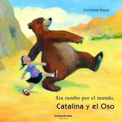 Oso Perezoso iba por el mundo sin rumbo, y un día Catalina decidió seguirlo. ¿Quieres acompañarlos? Pues salta, gatea, corre..