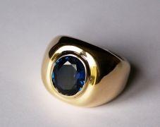 chevaliere-homme-or-saphir-bleu-