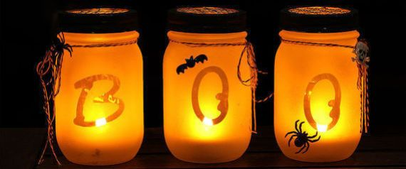 Halloween decorations don't have to be tacky plastic skeletons draped in gauze or garish jack-o-lanterns -- you can up your Halloween decor game by adding some chic to your spooky decorations.
