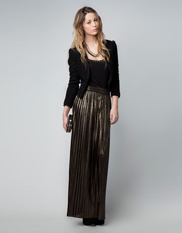 Bershka metallic tones pleated skirt  Price: IDR 599.90