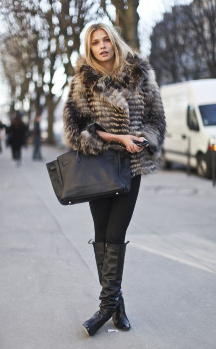 ♥: Fur Coats, Faux Fur, Fur Jackets, Winter Is Coming, Hermes Birkin, Winter Style, Winter Looks, Black Boots, Street Style Fashion