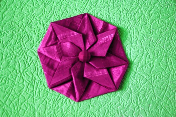 """Рукоделие, оригами из ткани, цветок """"Крокус"""" второй вариант."""