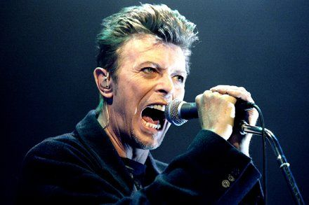The Playlist: David Bowies Unreleased Songs and a Putin Satire