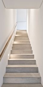 | STAIRS | DETAILS | #HSQuintadaBaroneza | #StudioArthurCasas - lovely simple #staircase detail