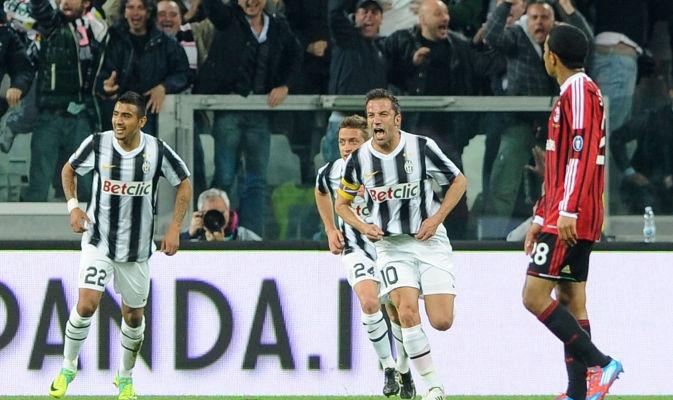 TIM CUP  Juventus - Milan  Con il nr. 10 ha segnato per noi LA LEGGENDA LA BANDIERA IL CAPITANO ALESSANDRO DEL PIEROOOOOO!!!