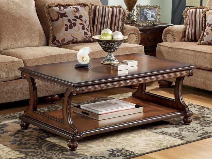 Traditional Coffee Table With Curved Base