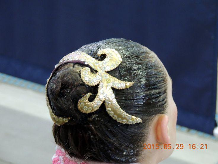 Simple hair decoration
