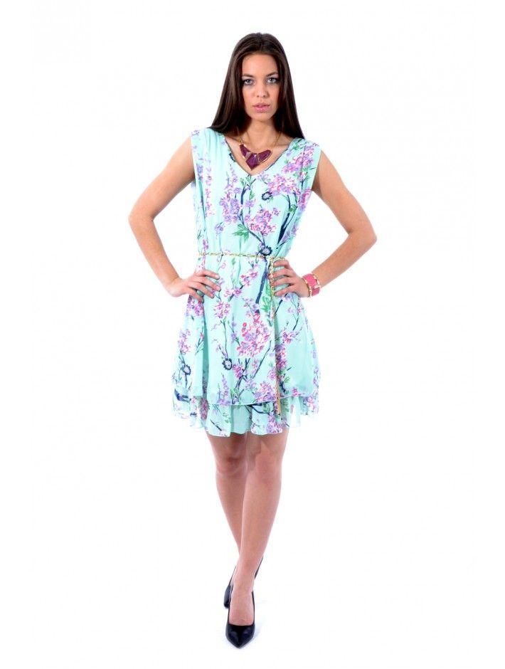 Vkusné dámske šaty v trendovom strihu a dizajne. Šaty Elliss sú z príjemného a pohodlného materiálu - skvelá voľba do každého dámskeho šatníku. Užívaj si módu s JUSTPLAY.